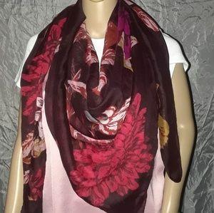 APT. 9 - Printed large scarf